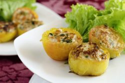 Cambodian Stuffed Tomatoes–An Asian Delight!