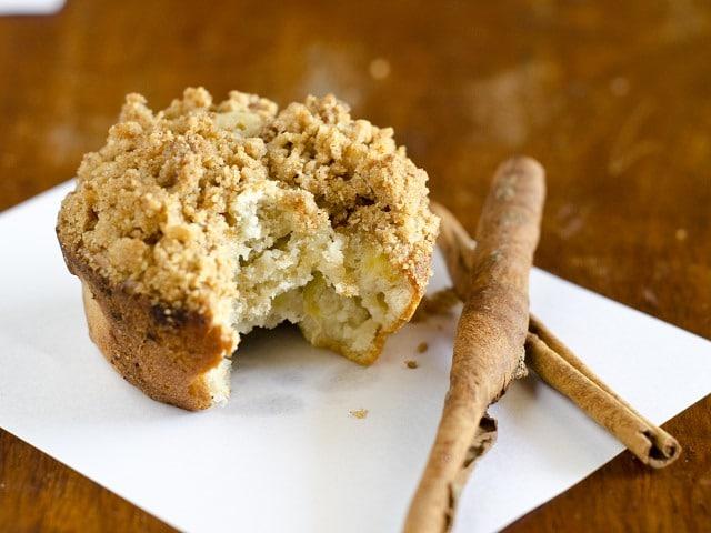 Banana-cardamom muffins