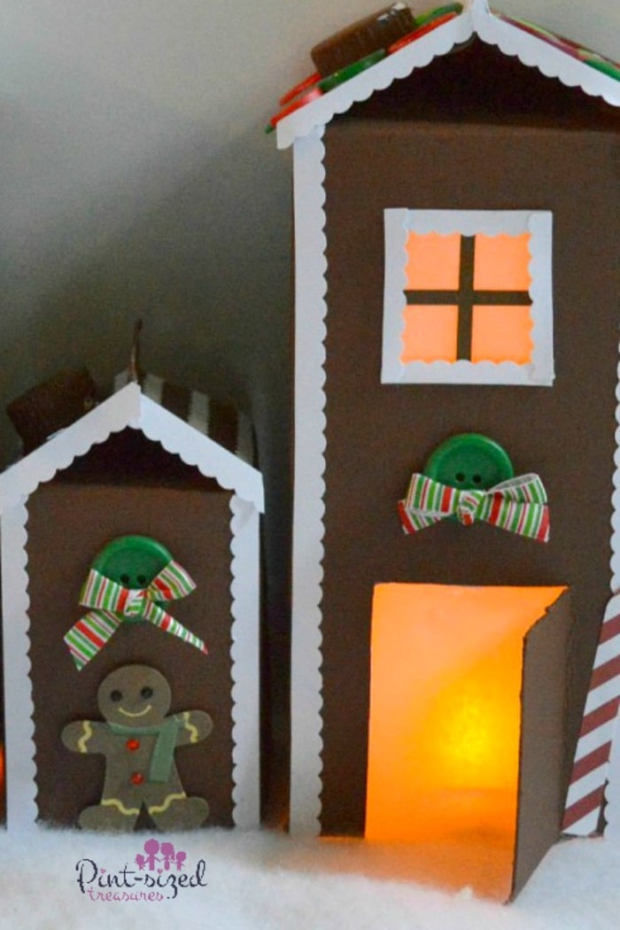 Easy, paper gingerbread house kids can make! #easycraftsforkids #gingerbreadhouse #Christmascrafts #holidaycraftsforkids