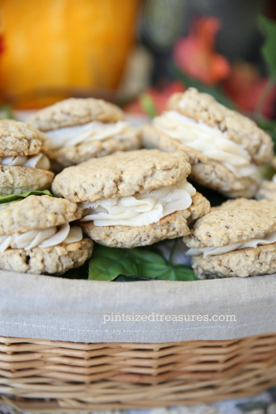 homemade maple oatmeal cream pies
