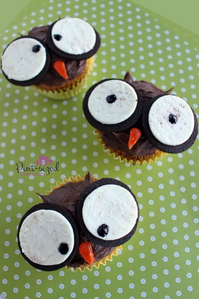 Crazy Easy Owl Cupcakes