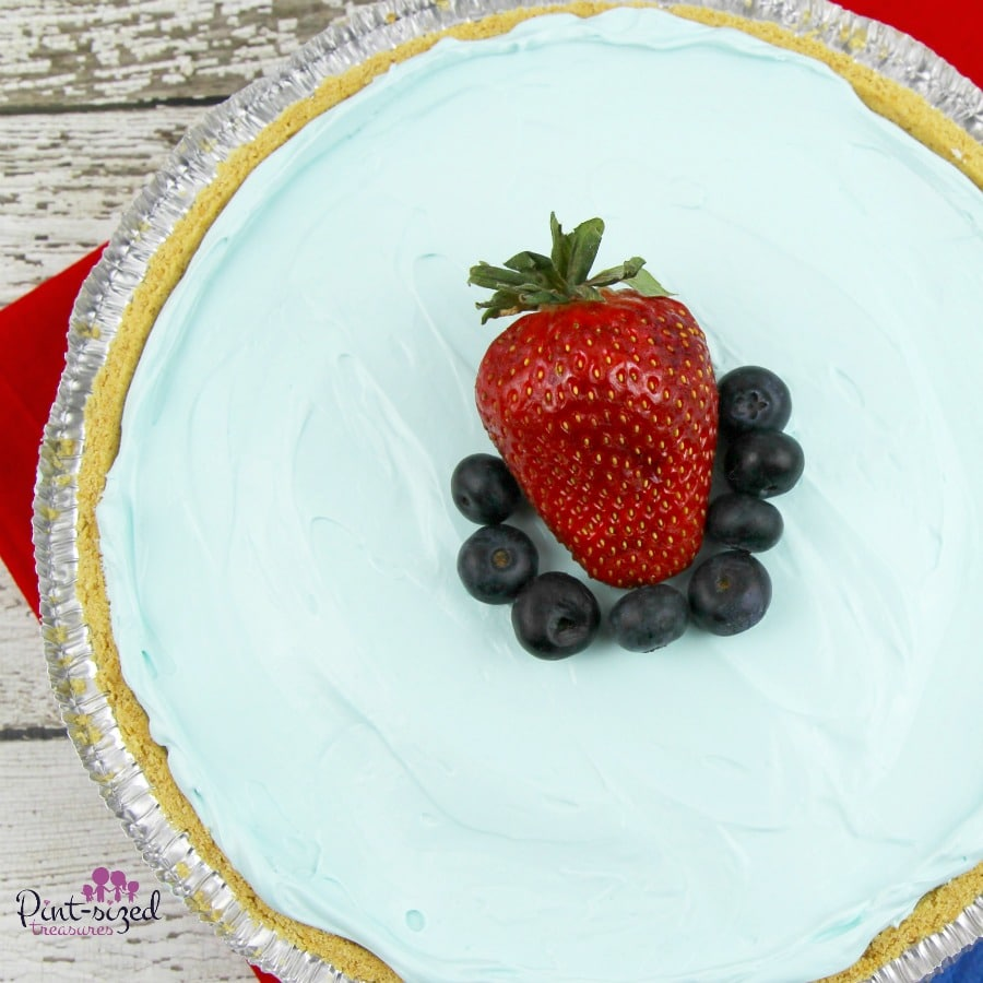 easy blue raspberry kook-aid pie