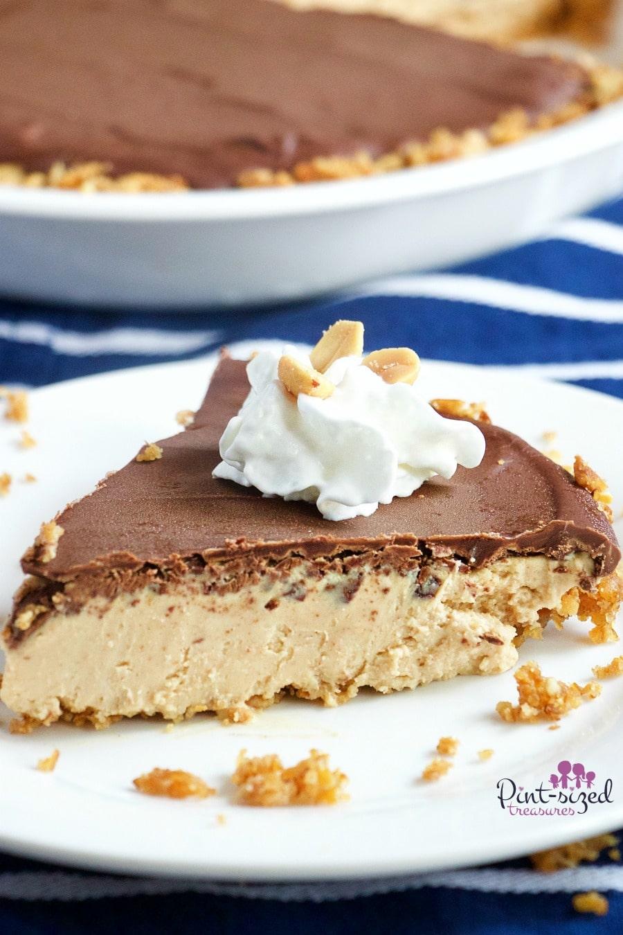 easy chocolate peanut butter cheesecake with gluten-free pretzel crust