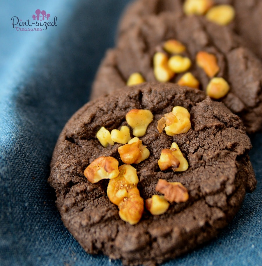 easy chocolate pecan cookies recipe made from cake mix