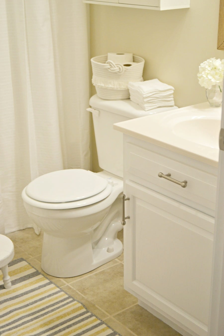 simple updates for bathrooms busy moms can do