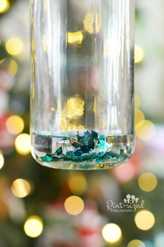 diy Christmas snow globe that doesn't leak
