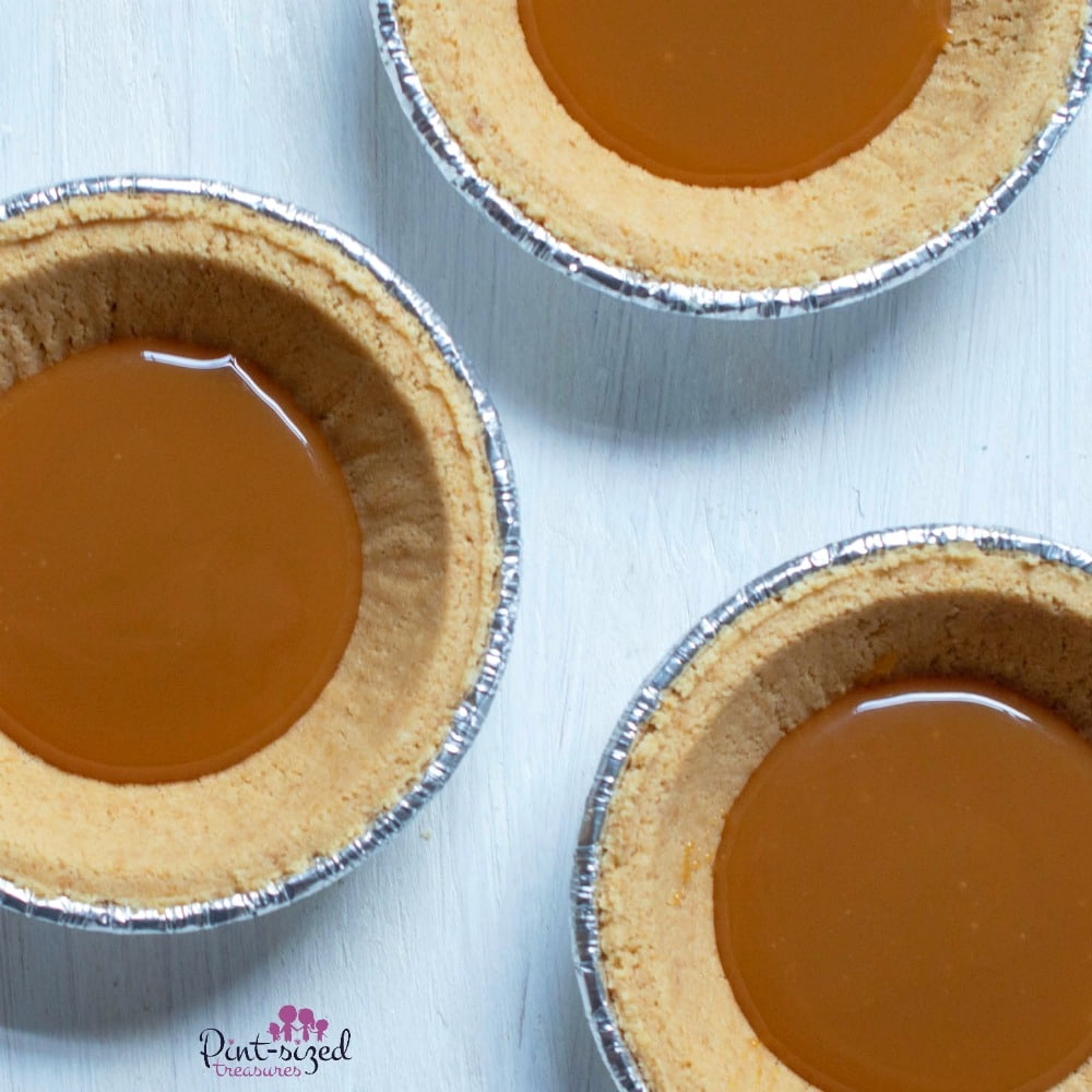 mini pumpkin pie dessert