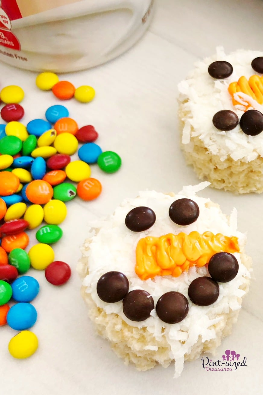 Easy snowman rice krispie treats