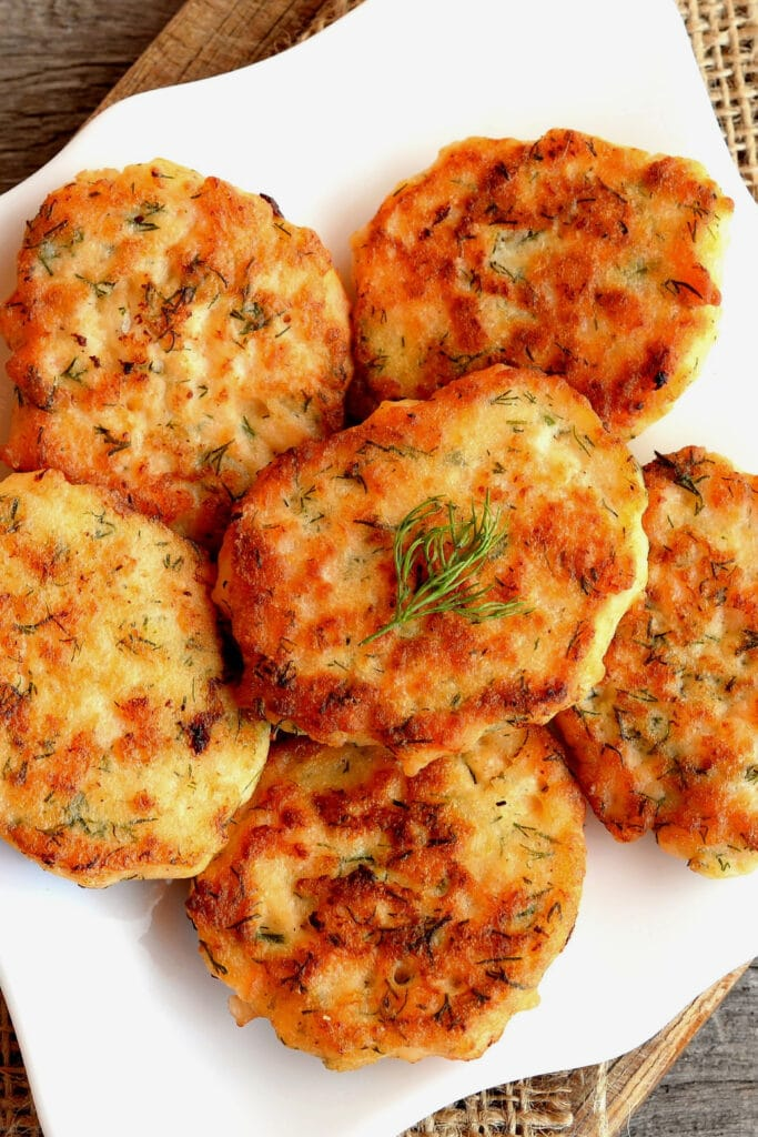 salmon patties with fresh dill